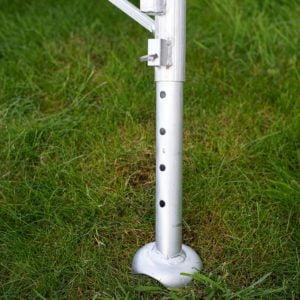 Henchman Platform 3 Leg Adjustable Tripod Ladder